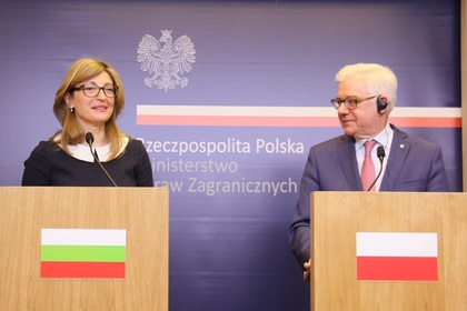 Deputy Prime Minister Zaharieva talks in Warsaw with her Polish equal number, Jacek Čzaputovič