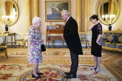 Bulgarian ambassador to the UK Marin Raykov presented his credentials to Queen Elizabeth II at Buckingham Palace