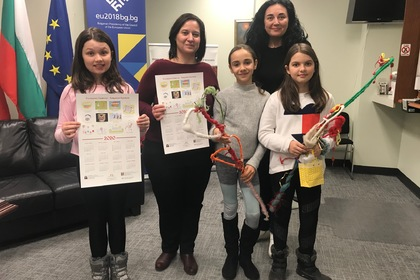"Тhe Consulate General of the Republic of Bulgaria in Toronto was visited by a group of Survakari from the Bulgarian Language and Literature School ""Rodna stryaha"""
